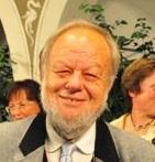 Urkundenverleihung - li R.Weissenbrunner, Arno Artner, Vzebgm.Gotho Stromberger